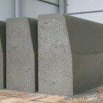Как сделать бордюрный камень своими руками