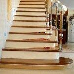 Как покрыть лестницу