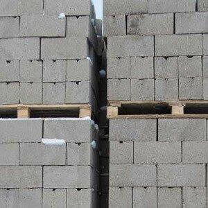 stoit-li-stroit-dom-iz-gazobetonnyx-blokov