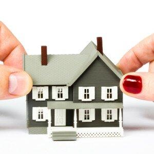 Как разделить дом на квартиры